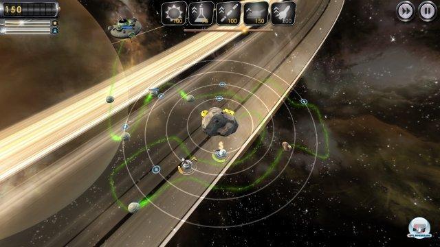 Das Spiel ist im Kern eine simple Tower-Defense-Variante, bietet aber einige interessante Kniffe - allen voran die drehbaren Baubahnen.