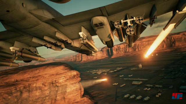"""""""Fox Two"""": Bei Ace Combat 7 darf endlich wieder über den Wolken geballert werden."""