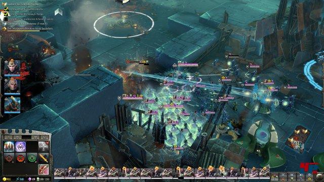 Die Eldar-Armee mit drei Helden versucht den geliebten Schrott der Orks zu zerstören.