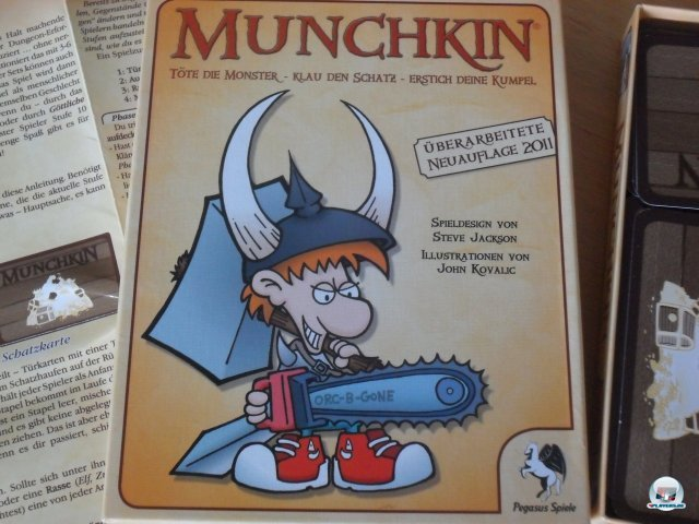 Munchkin ist 2011 in neuer Edition bei Pegasus Spiele erschienen. Es kostet knapp 15 Euro und ist für 3 bis 6 Spieler ausgelegt.