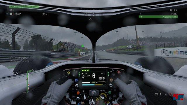 Eine Bereicherung für die Übersicht im Cockpit stellt der Halo-Schutz nicht unbedingt dar.