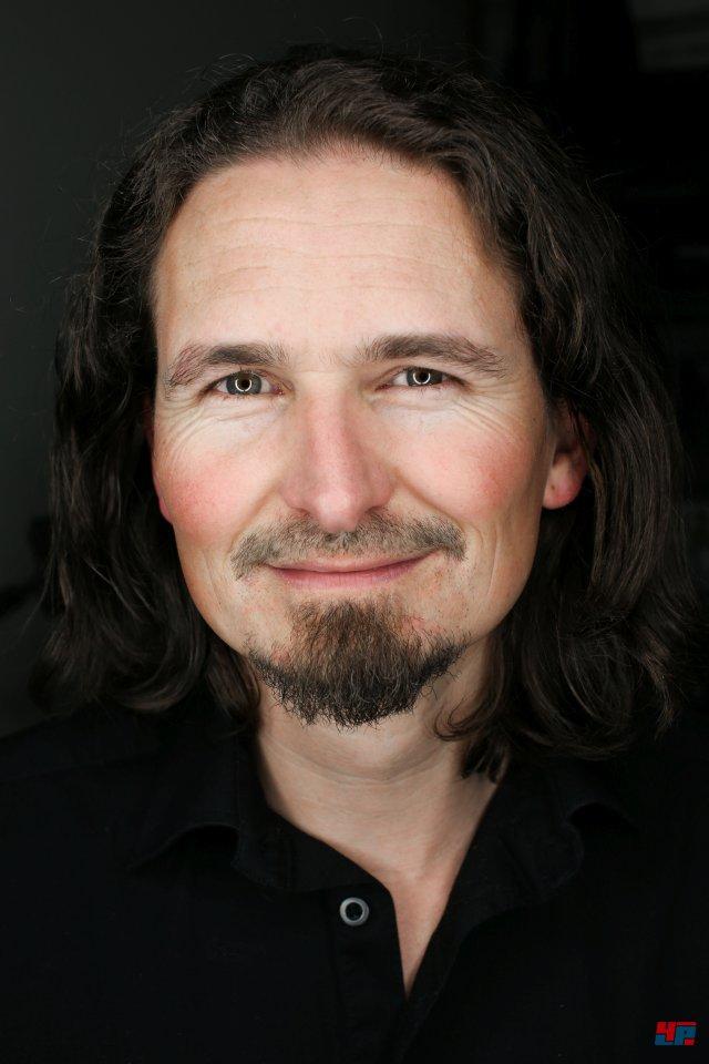 Als Lead Game Designer zeichnet Andre Willians für Eve: Valkyrie verantwortlich.