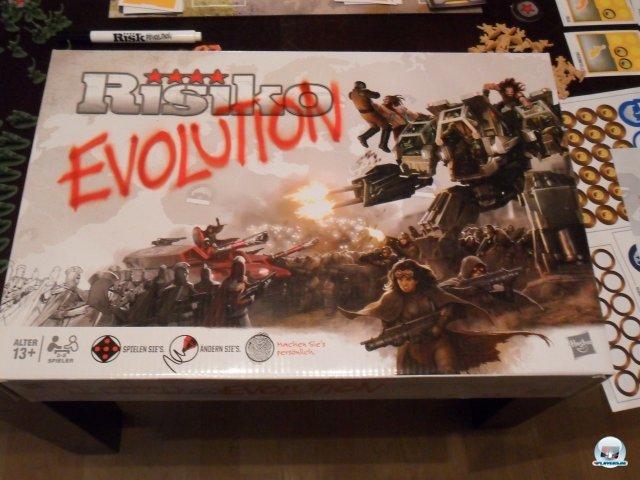 Risiko Evolution ist für knapp 50 Euro beim Heidelberger Spielverlag erschienen.