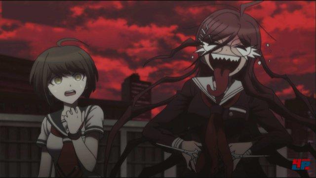 Ungleiches Paar: An der Seite ihrer schizophrenen Bekanntschaft versucht Komaru dem mörderischen Treiben in Towa City zu entkommen.