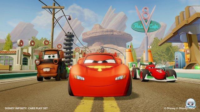 Die Helden aus Cars sowie Radiator Springs als Spielwelt sind als seperate Figuren bzw. Playset erh�ltlich.