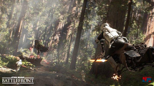 Die rasante Fahrt durch den Wald von Endor ist flott und visuell beeindruckend.