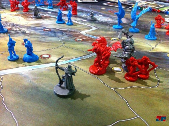 """""""The Battle of Five Armies"""" ist der Nachfolger zu """"Der Ringkrieg""""."""