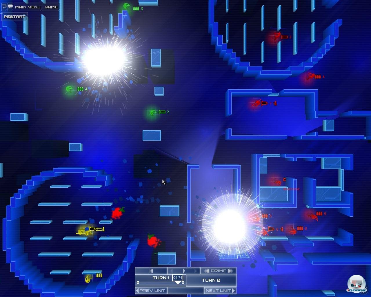 Blau ist die Farbe des Spiels: Im unterkühlten Ambiente entwickeln sich heiße Gefechte.
