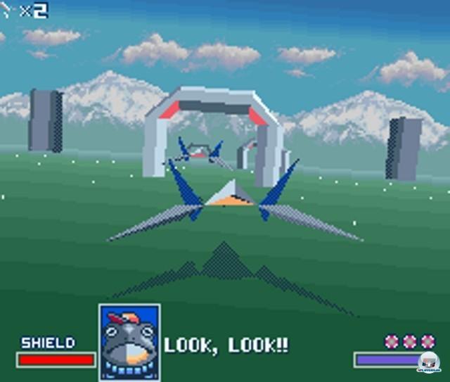 <b>StarWing</b><br><br>Do a barrel roll: Im Jahr 1993 sollte StarWing (in Japan und den USA StarFox genannt) die Kraft des im Modul eingebauten Super-FX-Chips beweisen. Raumschiffe und Kulissen setzten sich zwar noch aus untexturierten Riesenpolygonen zusammen, aber f�r damalige Heimkonsolen-Verh�ltnisse konnte sich das Gebotene trotzdem sehen lassen. Der Space-Shooter wurde unter anderem auf dem N64 und dem Gamecube fortgesetzt.