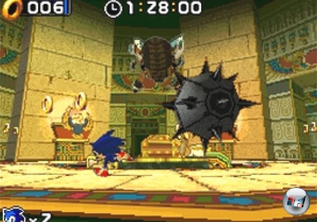 <b>Sonic Rush (2005)</b><br><br>...das dem 2D-Spielprinzip von Sonic Advance folgte, allerdings mit coolen 3D-Spielereien (inkl. der Bossfights) und einer cleveren Nutzung beider Bildschirme - der Touchscreen kam als solcher nur in den Bonuslevels, die an Sonic 2 erinnerten, zum Einsatz. Außerdem gab's mit Blaze The Cat eine neue spielbare Figur im Sonicversum. Zwei Jahre später wurde der Spaß mit Sonic Rush Adventure fortgesetzt, das der Namenserweiterung folgend mehr Gelaber sowie spaßige 3D-Vehikelsequenzen bot. 1858958