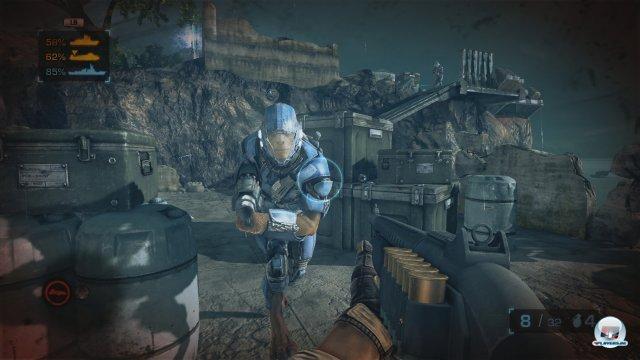 Shotgun, grimmiges Alien, generische Umgebung, schnarch - als Shooter ist Battleship unterste Kajüte.