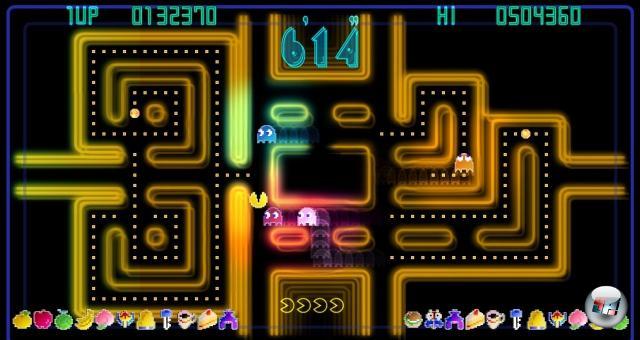 Pac-Man Championship Edition<br><br>Pac-Man dürfte wohl zu den Games zählen, bei denen alle Hände der Erdbevölkerung nicht reichen, um sämtliche Remakes aufzuzählen - nur Tetris und Space Invaders sollten das toppen können. Wie auch immer, die Pac-Man CE, erschienen auf XBLA, geht einen cleveren Weg: Statt 3D-Grafik, Schleichlevels und Rollenspielelemente zu integrieren, haben die Entwickler einfach das bewährte Spielprinzip genommen, ein bisschen Leuchtgrafik drumherumgemodelt und ein motivierendes Bonussystem nebst sich verändernder Levels integriert: Zack, schon wieder eine Nacht mit dem ollen Fressknubbel rumgebracht! Teuflisch süchtig machend! Und erwähnten wir schon, wie psychedelisch bunt die Grafik ist? 1758438