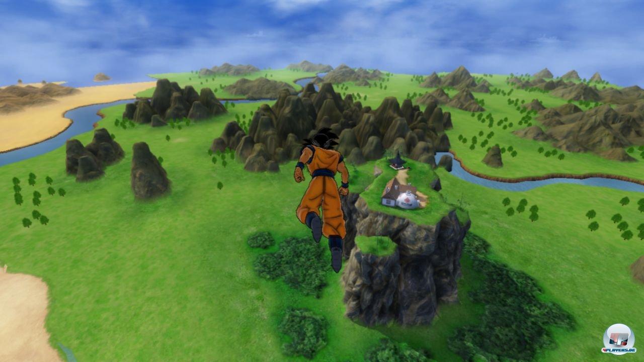 Im Story- und Heldenmodus kann man zwischen den Kämpfen frei umherfliegen - viel zu entdecken gibt es aber nicht.