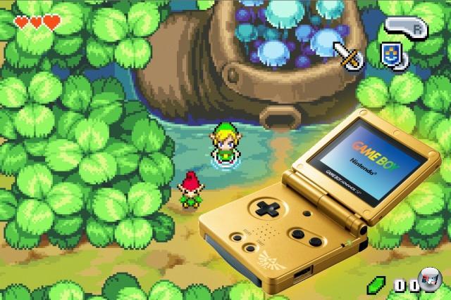 Zwar gab es kurz nach der Veröffentlichung des GBA mit A Link to the Past eine hervorragende Umsetzung des umso hervorragenderen SNES-Abenteuers, aber das kannte man ja schon. Deswegen war es umso wichtiger, dass das Ende 2004 erschienene The Legend of Zelda: The Minish Cap mindestens ebenso brillant war: Entwickelt vom bewährten Capcom-Studio Flagship (die schon für die Oracle-Zeldas auf Game Boy Color sowie das spaßige Four Sword Adventures verantwortlich zeichneten) bot das Spiel (übrigens ein Prequel zu Four Sword Adventures) nicht nur eine beeindruckende Technik, sondern auch mit dem Schrumpfen der Hauptfigur eine interessante neue Spielmechanik - und mit Ezlo eine herrlich großklappige Labermütze. Das Spiel war übrigens so gut, dass Nintendo zur Veröffentlichung auch ein Bundle mit einem gülden glänzenden GBA SP mit Triforce-Logo veröffentlichte, von dem es weltweit gerade mal 25.000 gibt. 1805158