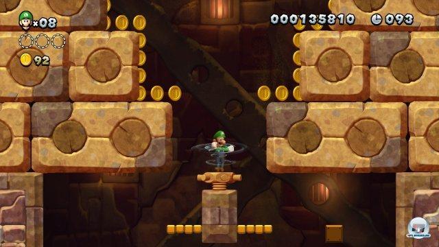 Der strenge Countdown macht einige Levels ganz schön knackig: Hier verschwinden z.B. die seitlichen Plattformen in den Wänden.