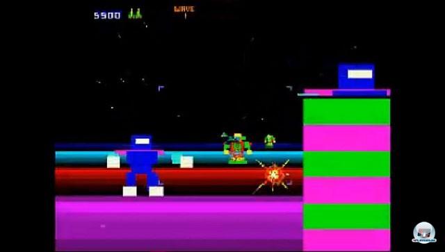 <b>Blaster</b> <br><br> Blaster ist der Opa der Rail-Shooter. Der Arcade-Automat wurde von Defender- und Robotron-Sch�pfer Eugene Jarvis f�r Atari entwickelt, aber erst 1983, also im Jahr des gro�en Video-Spiele-Crashs, von Williams in die Spielhalle gebracht. Nur drei Exemplare der wild blitzenden Weltraum-Action wurden hergestellt. Wer das extrem rare Spiel trotzdem ausprobieren m�chte, kann das z.B. auf der Oldie-Sammlung Midway Arcade Treasures f�r PS2, Xbox und Gamecube. Ganz nebenbei war es einer der ersten Titel, welcher mit dem Zoomen von 2D-Bildern einen 3D-Effekt erzeugte.