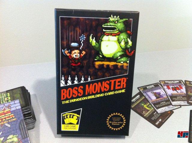 """Für Retrofans dürfte """"Boss Monster"""" einen Blick wert sein, das 2015 endlich auf Deutsch erscheint."""