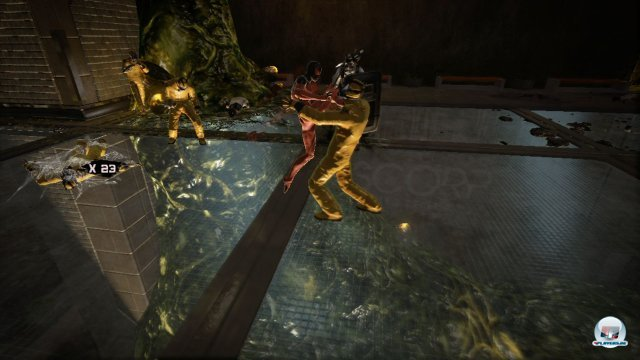 Das deutlich von den Batman-Spielen inspirierte Kampfsystem ist sehr simpel, erm�glicht aber sch�n flie�ende Kloppereien.