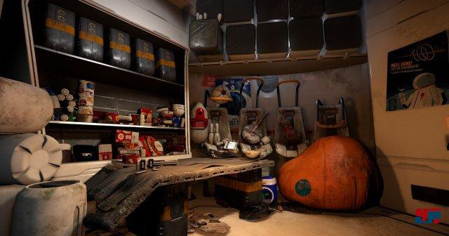 Die auf dem fremden Dino-Planeten gelandete Not-Kapsel dient im ersten Abschnitt als Startpunkt und kleine Basis.