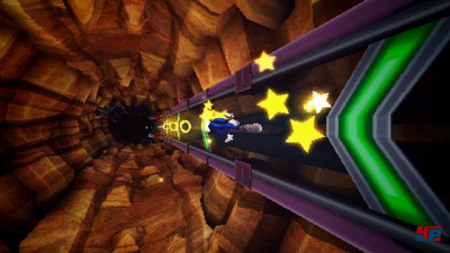 Die flotten 3D-Sequenzen und das Gleiten an Energiehaken flutschen deutlich flüssiger als im aktuellen Spiel für Wii U.